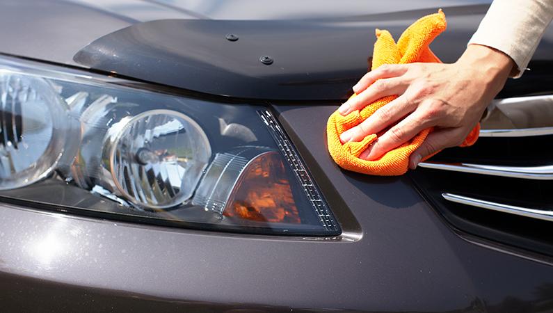 rengøring af bil