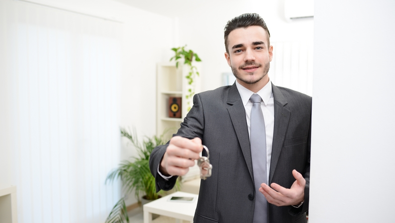 Karriere som ejendomsmægler